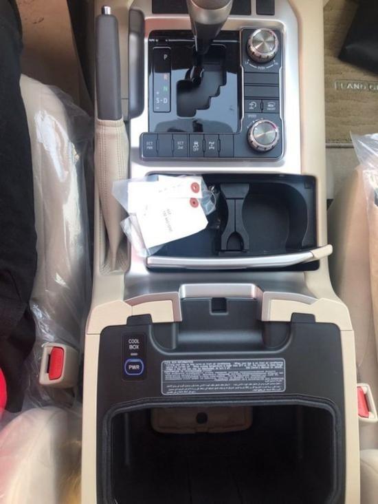 19款丰田兰德酷路泽4000中东版实拍感受